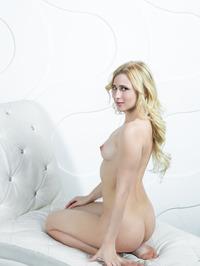 Naked Blonde Beauty Lisa Dawn